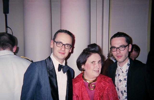 Viktor Horsting, Suzy and Rolf Snoeren in Paris in March 2003 (Foto: @SUZYMENKESVOGUE)