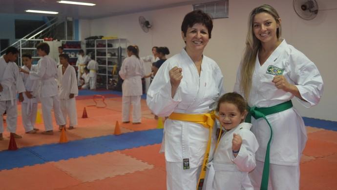 Karateca de Cacoal encontrou no esporte a saída para o Parkinson (Foto: Lauane Sena)