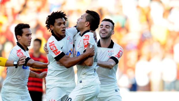 Romarinho corinthians gol sport (Foto: Antônio Carneiro / Agência Estado)