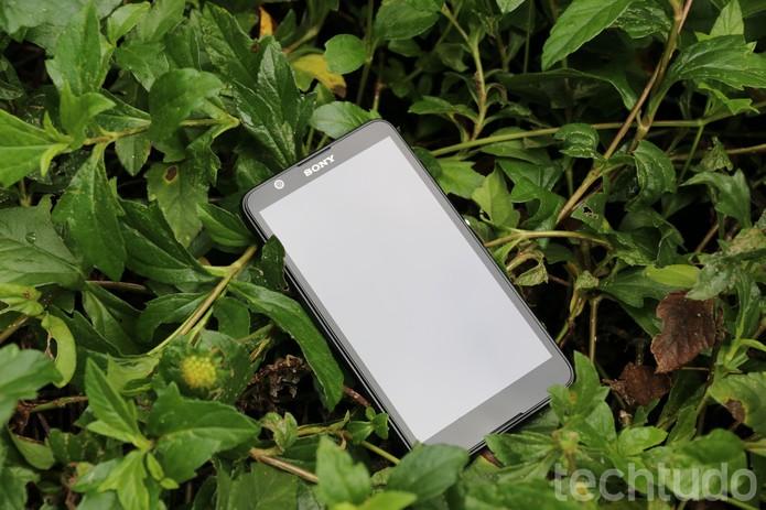 Xperia E4 é o novo modelo de entrada da Sony (Foto: Luana Marfim\TechTudo)