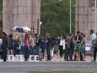 Protesto pede respeito à democracia em parque de Porto Alegre