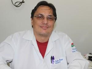 Pediatra Carlos Flávio cuidou Rayssa por oito anos, em Teresina (Foto: Gilcilene Araújo/G1)