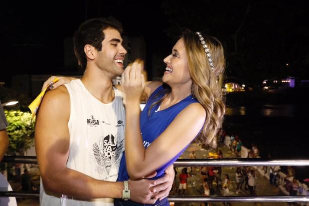Juliano Laham e da Juliana Paiva (Foto: Felipe Panfili/Divulgação)