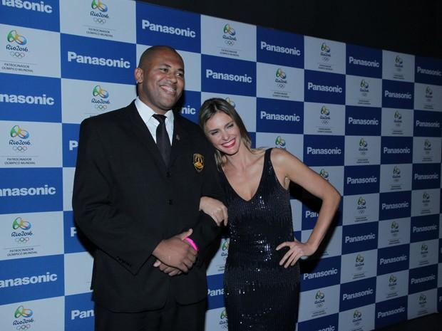 Fernanda Lima em evento na Urca, Zona Sul do Rio (Foto: Marcello Sá Barretto/ Ag. News)