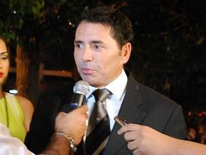 Sabino Castelo Branco no momento em que chegou à TV Amazonas (Foto: Mônica Dias/G1 AM)
