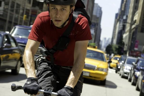 O ator Joseph Gordon-Levitt em Perigo por Encomenda (2012) (Foto: Reprodução)