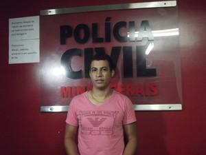 O investigador Jonas Domingues, da civil de Fabriciano disse que a prisão foi efetuada com sucesso graças o trabalho em equipe. (Foto: Patrícia Belo/G1)