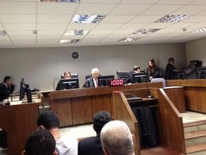 Começa audiência de conciliação no TRT sobre o dissídio coletivo (Foto: Ruan Melo/G1)