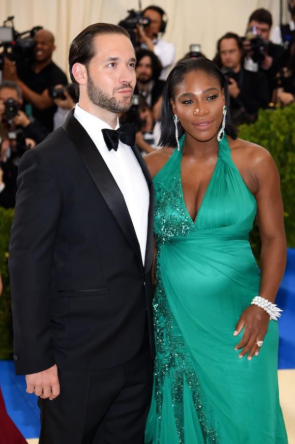 A atriz Serena Williams grávida ao lado do noivo, o empresário Alexis Ohanian (Foto: Getty Images)