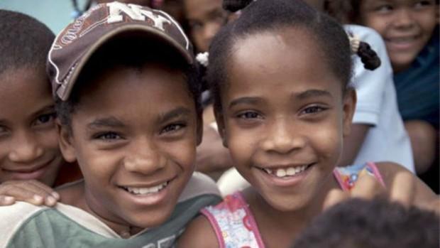 Catherine e sua prima Carla, Guevedoces da República Dominicana  (Foto: Da BBC)