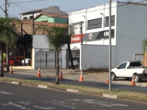 Base da Pol&#237;cia Militar em Piracicaba na Avenida Doutor Paulo de Moraes (Foto: Luiz Felipe Leite/G1)