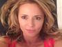 Rita Guedes posta selfie sensual com superdecote e ganha elogios