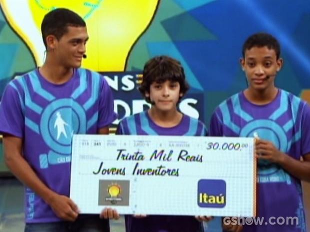 Do Espírito Santo, estudantes conquistam R$ 30 mil no Jovens Inventores (Foto: Caldeirão do Huck/TV Globo)