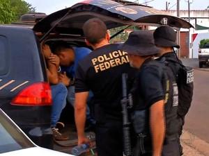 Ao todo, seis pessoas já foram presas no garimpo ilegal (Foto: Reprodução / TVCA)