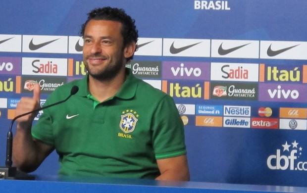 fred seleção brasileira coletiva (Foto: Marcelo Baltar)