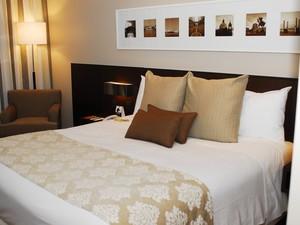 Instalações dos hotéis estão de acordo com a Fifa, segundo COL (Foto: Hotel Deville/Divulgação)