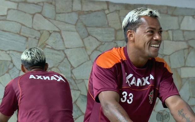 Marcelinho Paraíba fica no Boa Esporte (Foto: Tiago Campos)