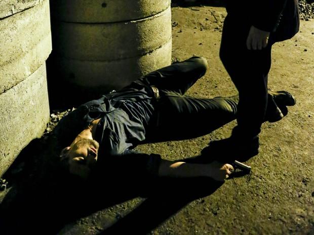Maurílio morre após tiro de Zé (Foto: Ellen Soares/Gshow)