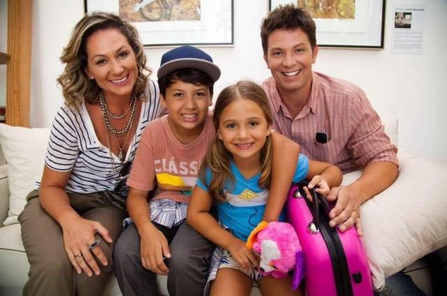 Mario Frias com a família (Foto: Divulgação)