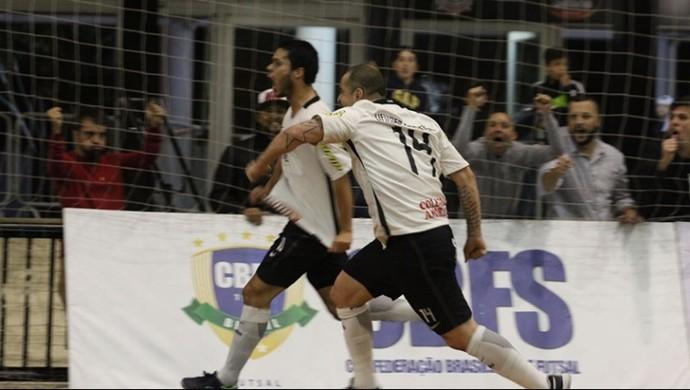 Alex e Vander Carioca Corinthians x Foz Cataratas LNF (Foto: Yuri Gomes/Elite Comunicação)