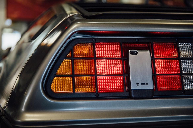 A capa HEX e DeLorean (Foto: Divulgação)