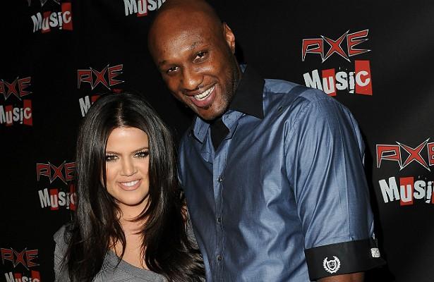 A socialite Khloé Kardashian, irmã de Kim Kardashian, pediu divórcio do jogador de basquete Lamar Odom em 2013, após quatro anos de casados. De acordo com o contrato pré-nupcial dos dois, ela teve direito a ficar com a mansão deles na Califórnia (avaliada em 4 milhões de dólares) e com o anel de noivado (de 1 milhão de dólares!). Além disso, Khloé deve receber 500 mil dólares por cada ano ao lado do marido. Nada que deva doer muito no bolso de Lamar: calcula-se que a fortuna do atleta some mais de 100 milhões de dólares. (Foto: Getty Images)