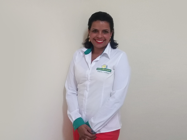 Neide Rosa, de 50 anos: renda da aposentadoria deu segurança para aplicar o FGTS no negócio (Foto: Divulgação/Maria Brasileira)