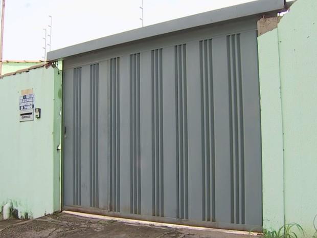Casa que Yasmin Fernandes Silva morou em Goiânia, Goiás (Foto: Reprodução/ TV Anhanguera)