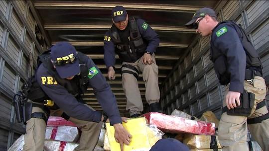 Polícia desmonta esquema de distribuição de drogas e prende 45