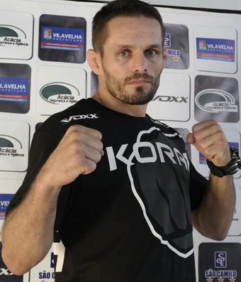 Rodrigo Damm está quase no peso para o duelo contra o russo Rashid Magomedov no UFC (Foto: Richard Pinheiro/GloboEsporte.com)