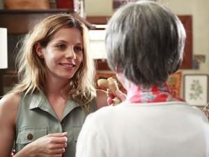 A atriz contracena com Fernanda Montenegro (Foto: Ellen Soares/TV Globo)