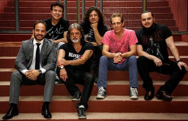 No sábado (5), tem show com a banda paranaense Blindagem (Foto: Divulgação)