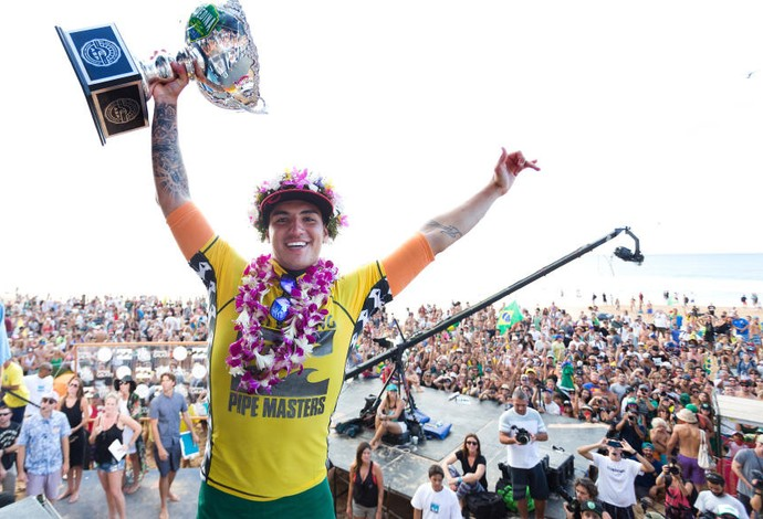 Gabriel Medina, taça, surfe, Pipeline (Foto: Divulgação / ASP)