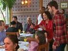 Regina Duarte se encanta com filho: 'Adorei vê-lo dirigindo com gentileza'