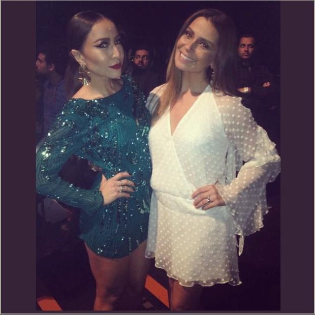 Sabrina Sato e Giovanna Antonelli em prêmio em São Paulo (Foto: Instagram/ Reprodução)