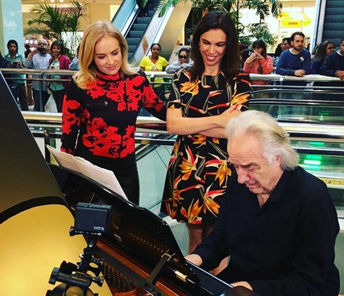 João Carlos Martins toca piano no Estrelas (Foto: Arquivo Pessoal)