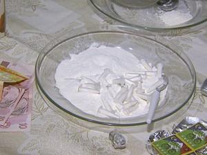 Polícia apreendeu 120 gramas de cocaína em casa em Ribeirão Preto (Foto: Paulo Souza/EPTV)