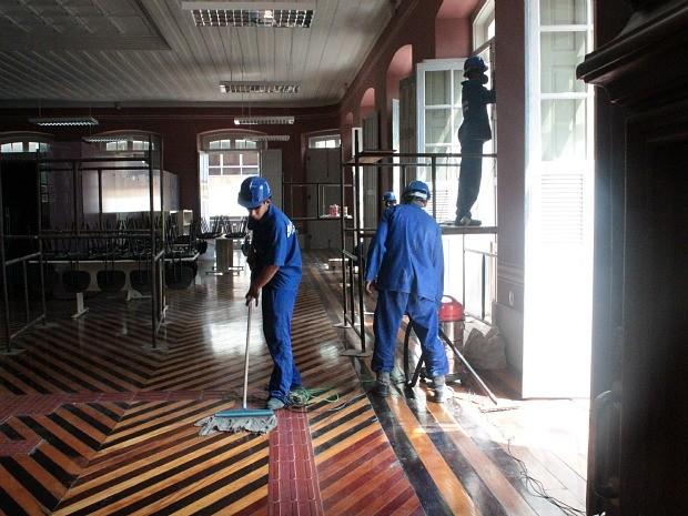Obras já estão em fase final, segundo Secretaria (Foto: Adneison Severiano/G1 AM)