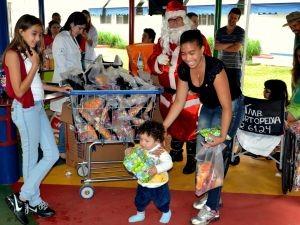 Mais de 40 crianças participaram da festa (Foto: Divulgação/ Lucas Machado)