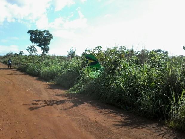 Queda foi em estrada vicinal de Monte do Carmo (Foto: Divulgação/Polícia Militar)