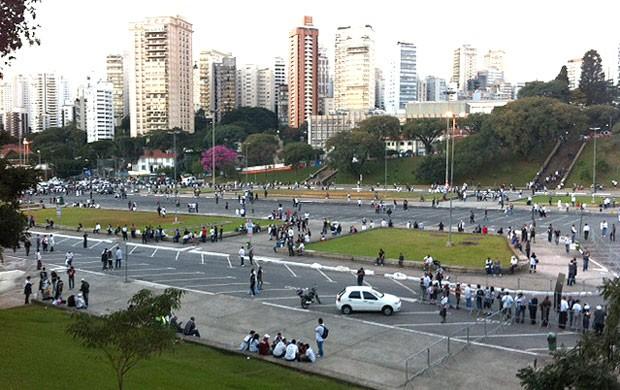 praça charles miller! (Foto: Carlos Augusto Ferrari / Globoesporte.com)