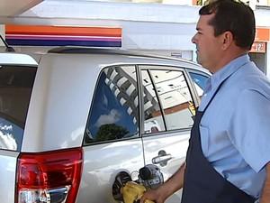 Preço da gasolina desestimula motoristas (Foto: Reprodução/TV Integração)