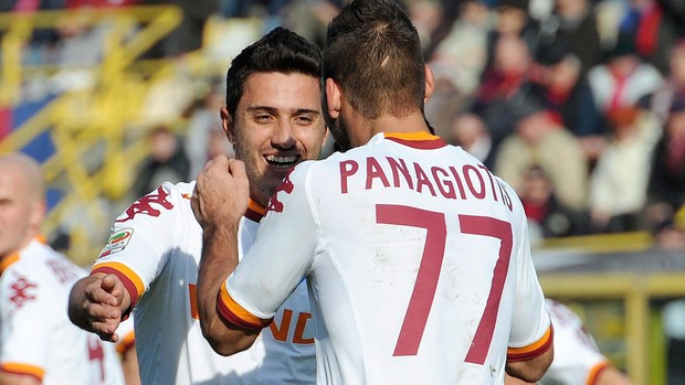 Marquinho Panagiotis Tachtisidis  roma gol bologna (Foto: Agência EFE)