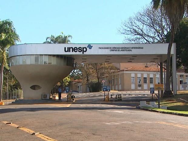 Faixada da Unesp em Jaboticabal (SP) (Foto: Reprodução/EPTV)