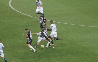 """Dinho pede que Grêmio deixe euforia para a torcida: """"Futebol não perdoa"""""""