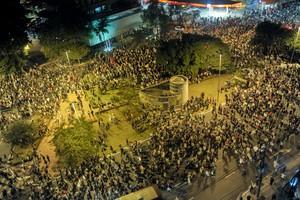 SÃO PAULO: ato fecha a Marginal  e também chega à Paulista (Flavio Moraes/G1)