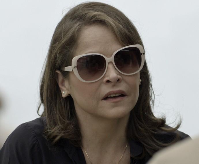 Carolina fica pensativo com o que diz Everaldo (Foto: TV Globo)