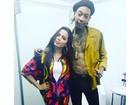 Anitta posa com o rapper Wiz Khalifa nos bastidores do Planeta Atlântida