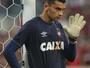 Santos sofre menos gols, e Weverton faz mais milagres pelo Atlético-PR