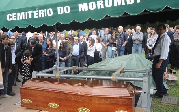 Enterro Gylmar dos Santos Neves (Foto: David Abramvezt)